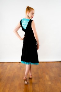 tango_so_chic_skirt_aqua