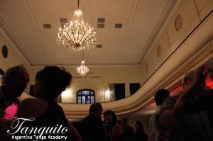 Wednesday night is Milonguita night, a beautiful milonga just across the street from la Viruta.